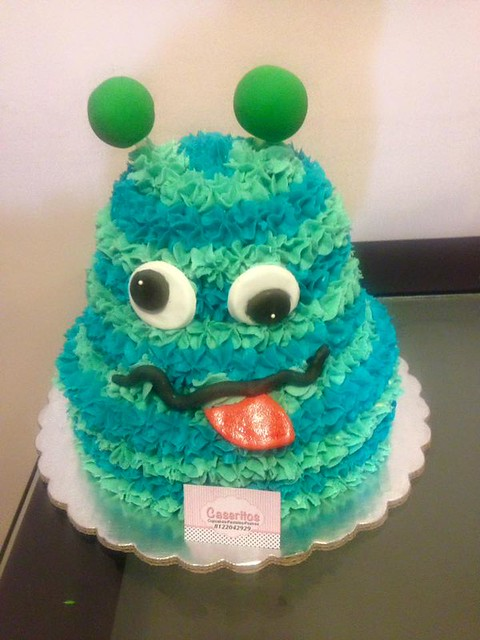Monster Cake by Alma Marentes Méndez of Caseritos Oficial