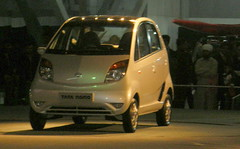 mitsubishi i(0.0), compact sport utility vehicle(0.0), microvan(0.0), sedan(0.0), automobile(1.0), vehicle(1.0), subcompact car(1.0), tata nano(1.0), city car(1.0), land vehicle(1.0), hatchback(1.0),