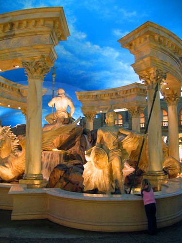 Las vegas caesars statue flickr photo sharing for Garden statues las vegas nv