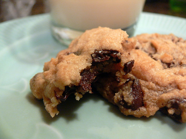 Vegan chocolate chip cookie | Flickr - Photo Sharing!