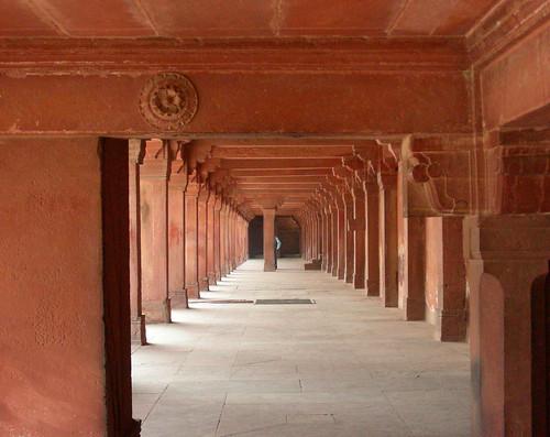 fatehpur columns