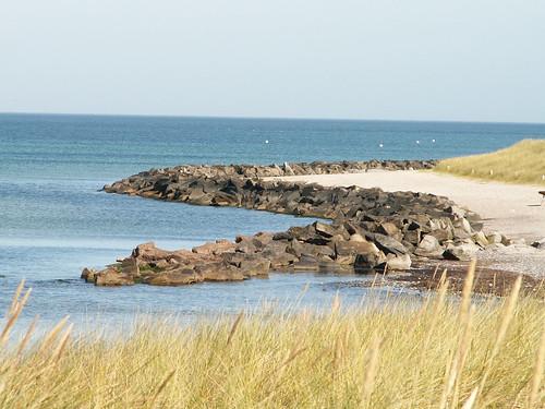Insel Hiddensee der Strand war flach, das Wetter heiß in Kloster, meine Arme und Beine festgebunden 254