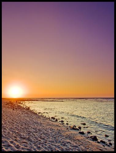 sunset beach silhouette wow hawaii solitude bigisland kona neutral gnd keei 3stophard 9991b