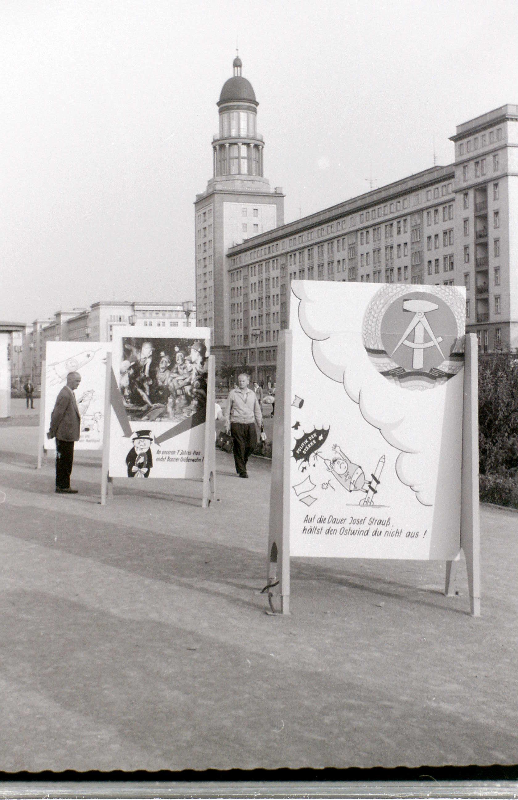 Stalinallee, East Berlin, 8 September 1959