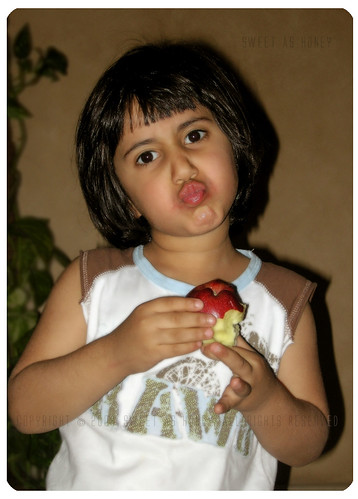 ♥ An apple a day keeps the doctor away ♥