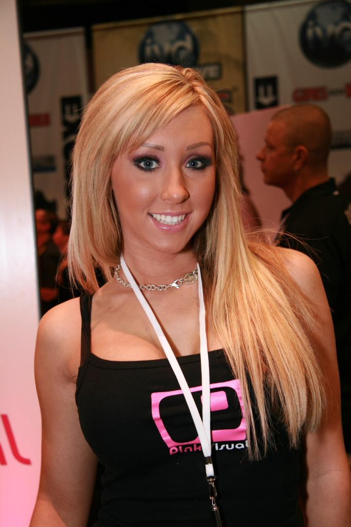 Jessica Lynn Nude Photos 99