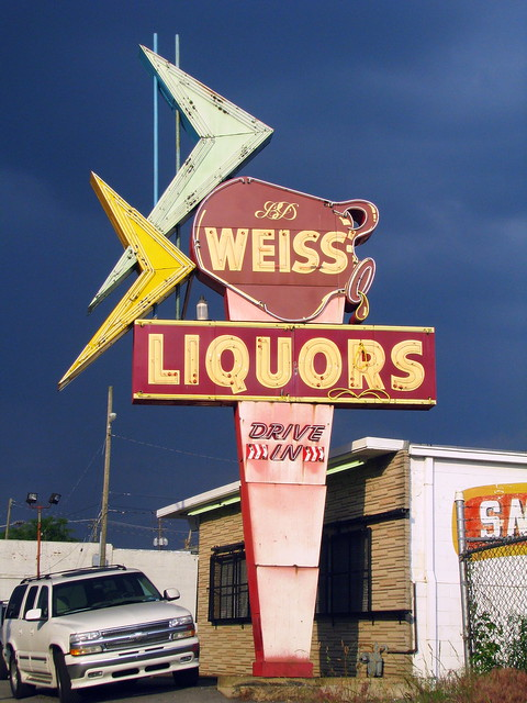 Weiss neon sign