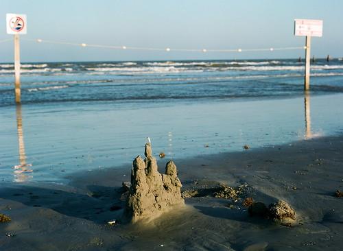 ocean sea galveston 120 mamiya film beach gulfofmexico water mediumformat 645 surf texas fuji time shore sandcastle goldenhour eveninglight gulfcoast 400h fujipro400h texascoast m645