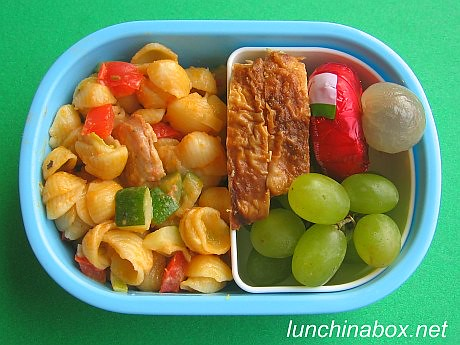 mac cheese bento lunch for preschooler flickr photo sharing. Black Bedroom Furniture Sets. Home Design Ideas
