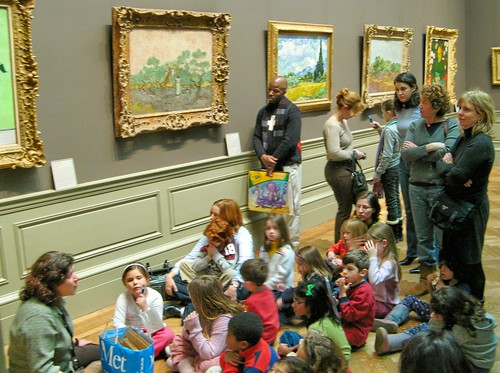 Children discovering Van Gogh