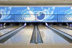 leisure(0.0), team sport(0.0), individual sports(1.0), leisure centre(1.0), sports(1.0), ball game(1.0), ten-pin bowling(1.0), bowling(1.0),