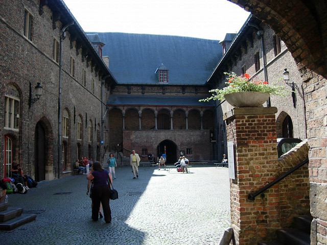 Halles de Bruges
