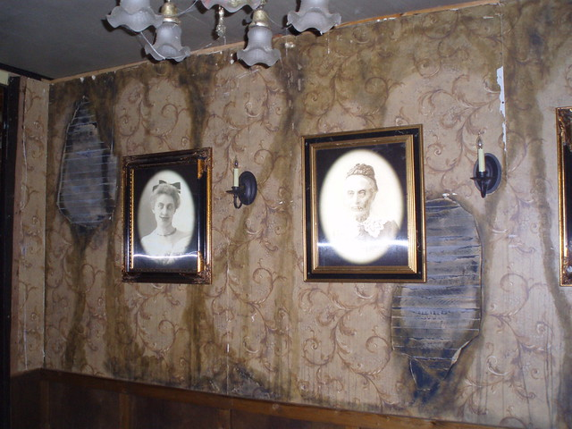 Haunted dining room flickr photo sharing for Haunted dining room ideas