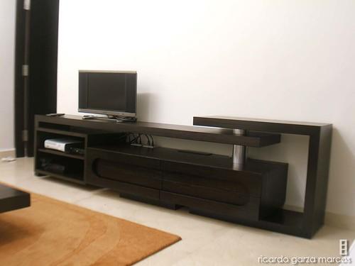 Ricardo garza marcos mueble tv for Muebles de madera para tv