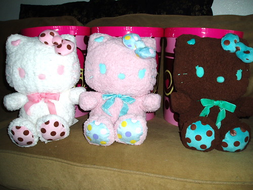 Momoberry Rich & Sweet Plushies
