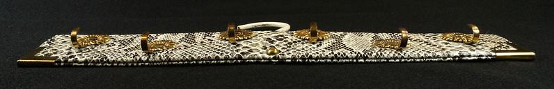 RD15280 Vintage Mid Century Snakeskin & Brass Jewelry Necklace Hanger DSC08968