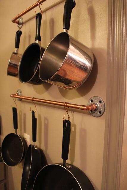 diy copper pot rack kara paslay design. Black Bedroom Furniture Sets. Home Design Ideas