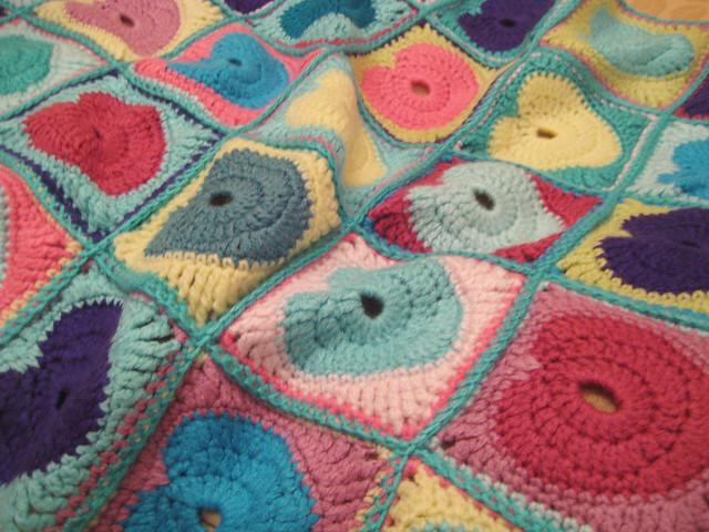 Embossed Heart Blanket Pattern - Knitting Patterns and Crochet