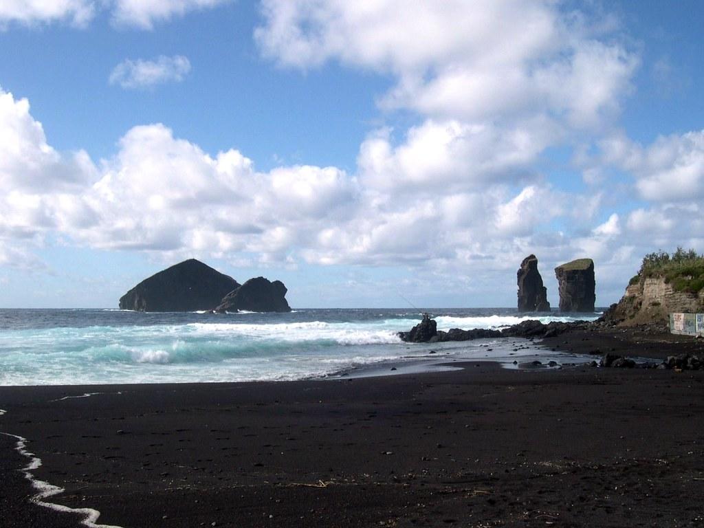 Areia vulcânica. Mosteiros, S. Miguel. Açores