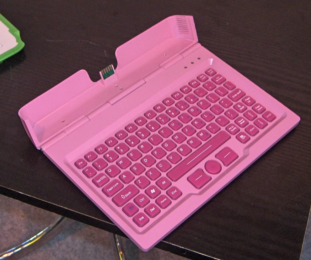 Elonex ONE - keyboard closeup
