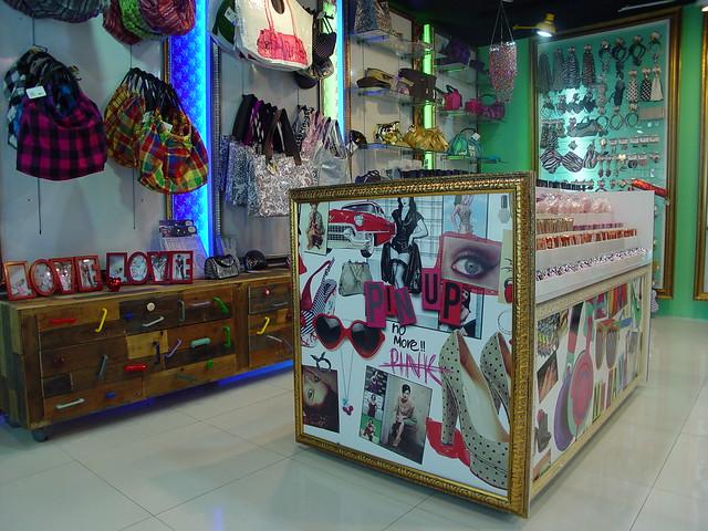 Mobiliario para Accesorios Diseño de Boutiques,Tiendas,Muebles