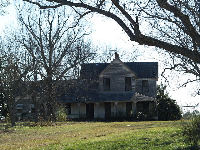 Old farm house flickr photo sharing for Old farm houses for sale in georgia