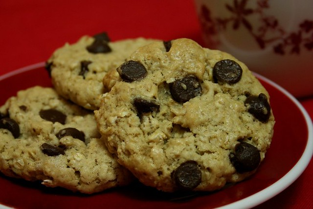 Oatmeal Chocolate Chip Cookies | I was out of raisins. Plus ...