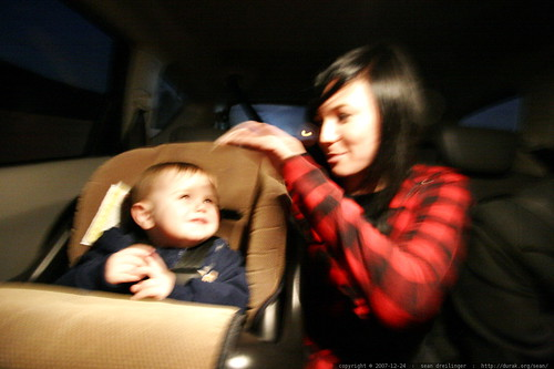 auntie m and sequoia in the car    MG 7150