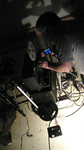 André et ses projecteurs.Session Screeners