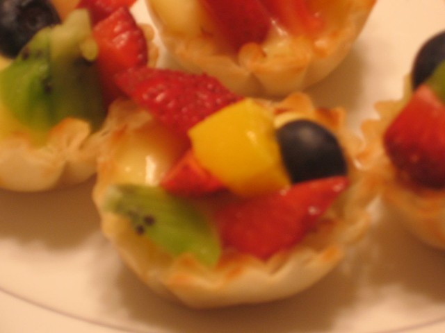 Mini fruit tarts in phyllo-dough shells, homemade | Flickr - Photo ...