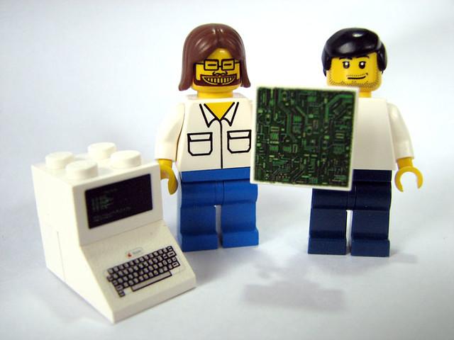 Lego young steve wozniak steve jobs flickr photo for Lego entwickler job