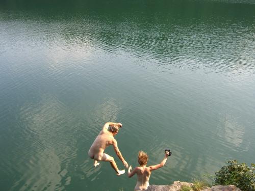 naked girls cliff diving