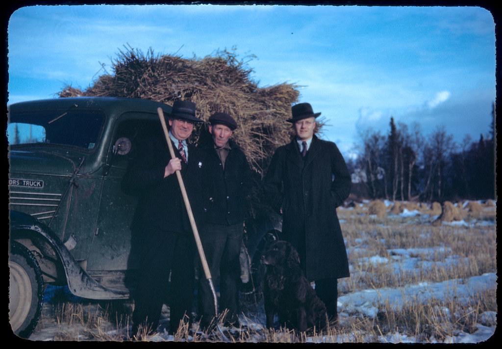 1945 11 Farm scene Matanuska, Odegaard, Olson