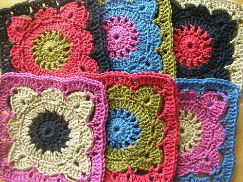 crochet mania granny square - modele gratuit 2013 3531122898_1b7e89024b