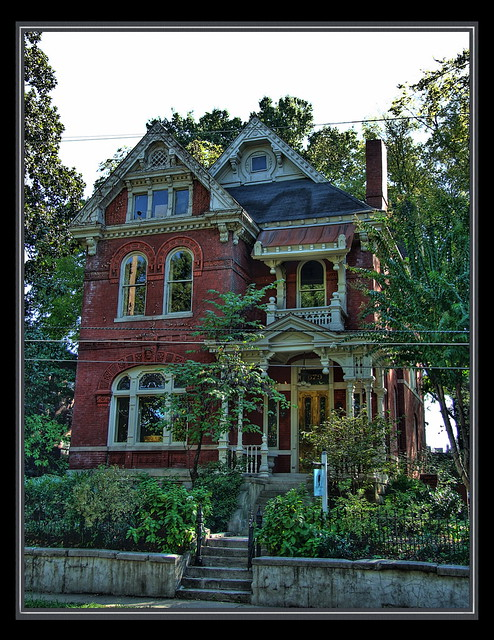 Red brick victorian home memphis flickr photo sharing for Brick victorian house