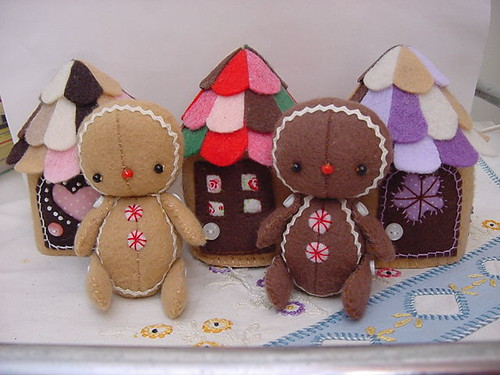 More gingerbread houses and babies