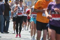 track and field athletics(0.0), 800 metres(0.0), physical exercise(0.0), marathon(1.0), athletics(1.0), individual sports(1.0), sports(1.0), running(1.0), race(1.0), recreation(1.0), outdoor recreation(1.0), half marathon(1.0), racewalking(1.0), ultramarathon(1.0), duathlon(1.0), person(1.0), athlete(1.0),