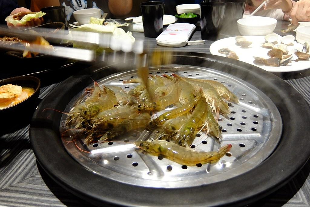 當然有大白蝦囉!