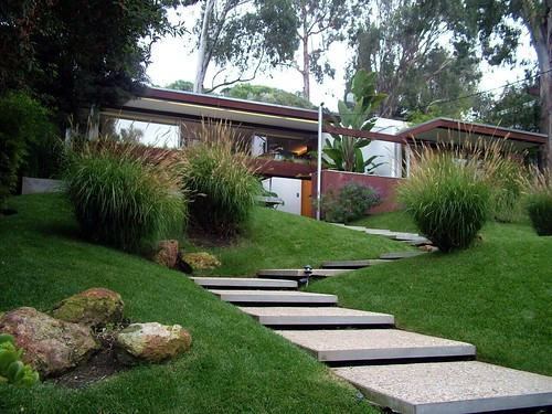 Ohara House, Richard Neutra, Architect 1959 by Michael Locke