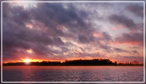 sunset sky sun lake france reflection nature water landscape lac lorraine vosges golddragon bouzey aplusphoto francelandscapes photofaceoffwinner sanchey
