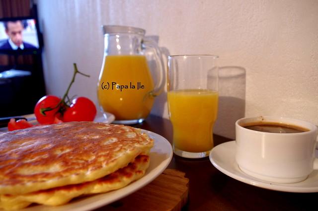 Pancakes cu cascaval si sunca (13)