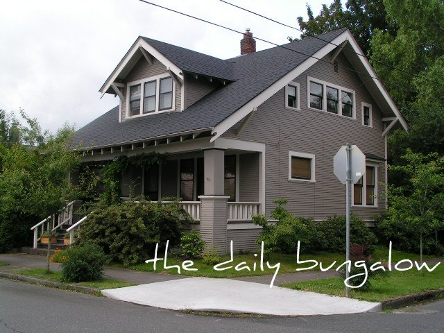 SE Portland Bungalow, Hawthorne Neighborhood