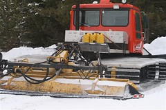 asphalt(0.0), light commercial vehicle(0.0), bulldozer(0.0), vehicle(1.0), transport(1.0), snow(1.0), snow removal(1.0), snowplow(1.0), construction equipment(1.0),