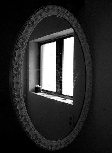 mirror/window