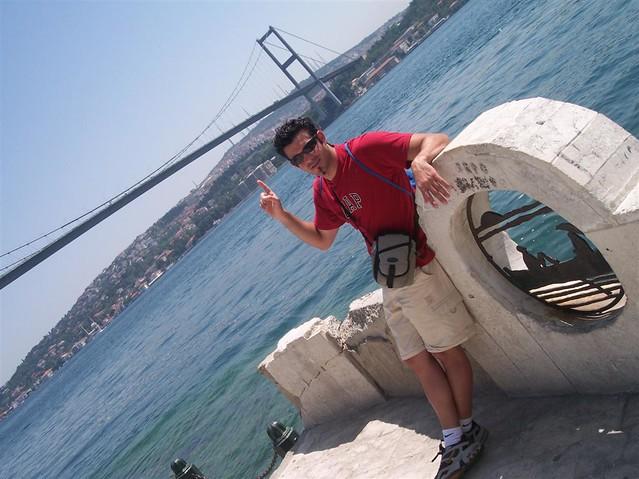 Ortakoy Explorando la zona de Ortakoy en Estambul - 2527699542 e71baf6b54 z - Explorando la zona de Ortakoy en Estambul