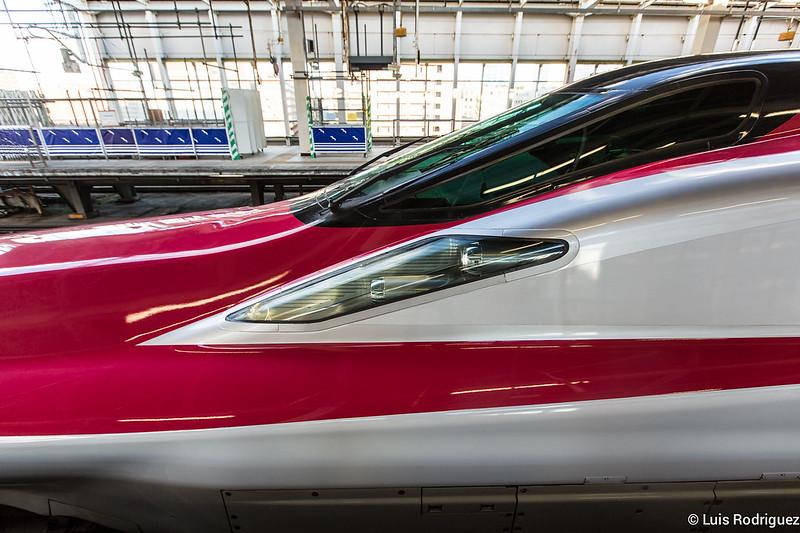 E6-Shinkansen-5