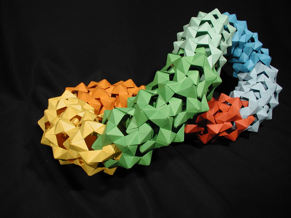 Dodecahedral Mega-Structure (Modular Origami)