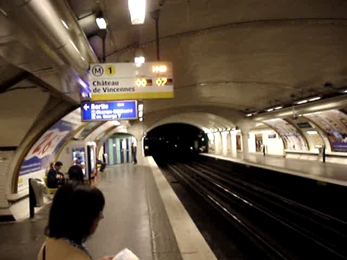 01 Taking the Metro to the market video - Paris France
