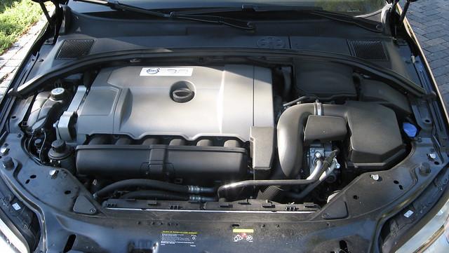 2008 Volvo V70 2