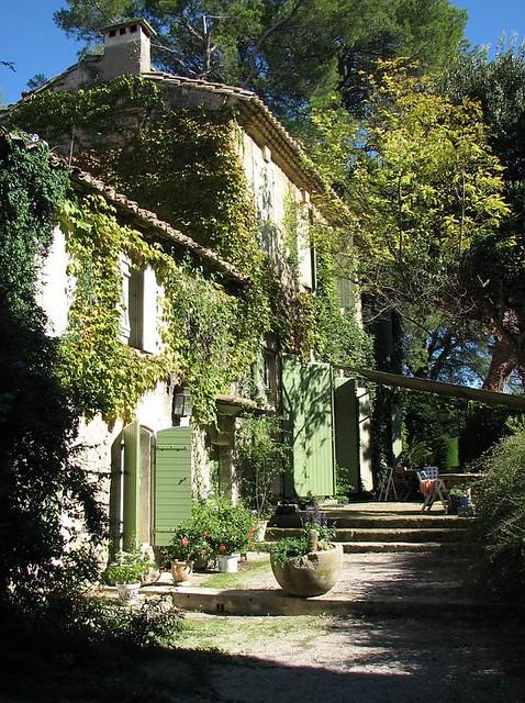 Jardin du vallon raget saint etienne du gr s bouches du for Jardin in french